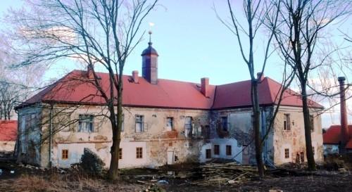 Pohled na zámek od západu, leden 2012