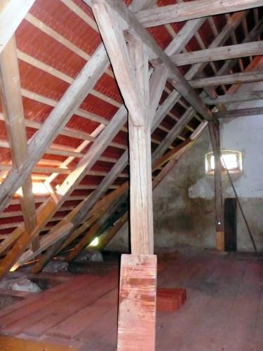 Rekonstruovaný historický krov špýcharu, 2011
