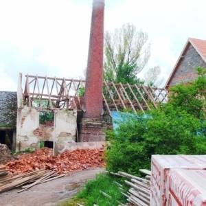 Průběh prací při obnově střech, jaro 2010
