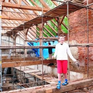 Rekonstrukce krovu, jaro 2010